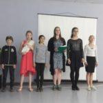В детском эколого-биологическом центре спели песни военных лет
