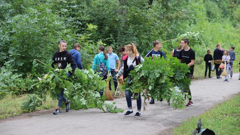 Фото: Всероссийский субботник Зеленая Россия